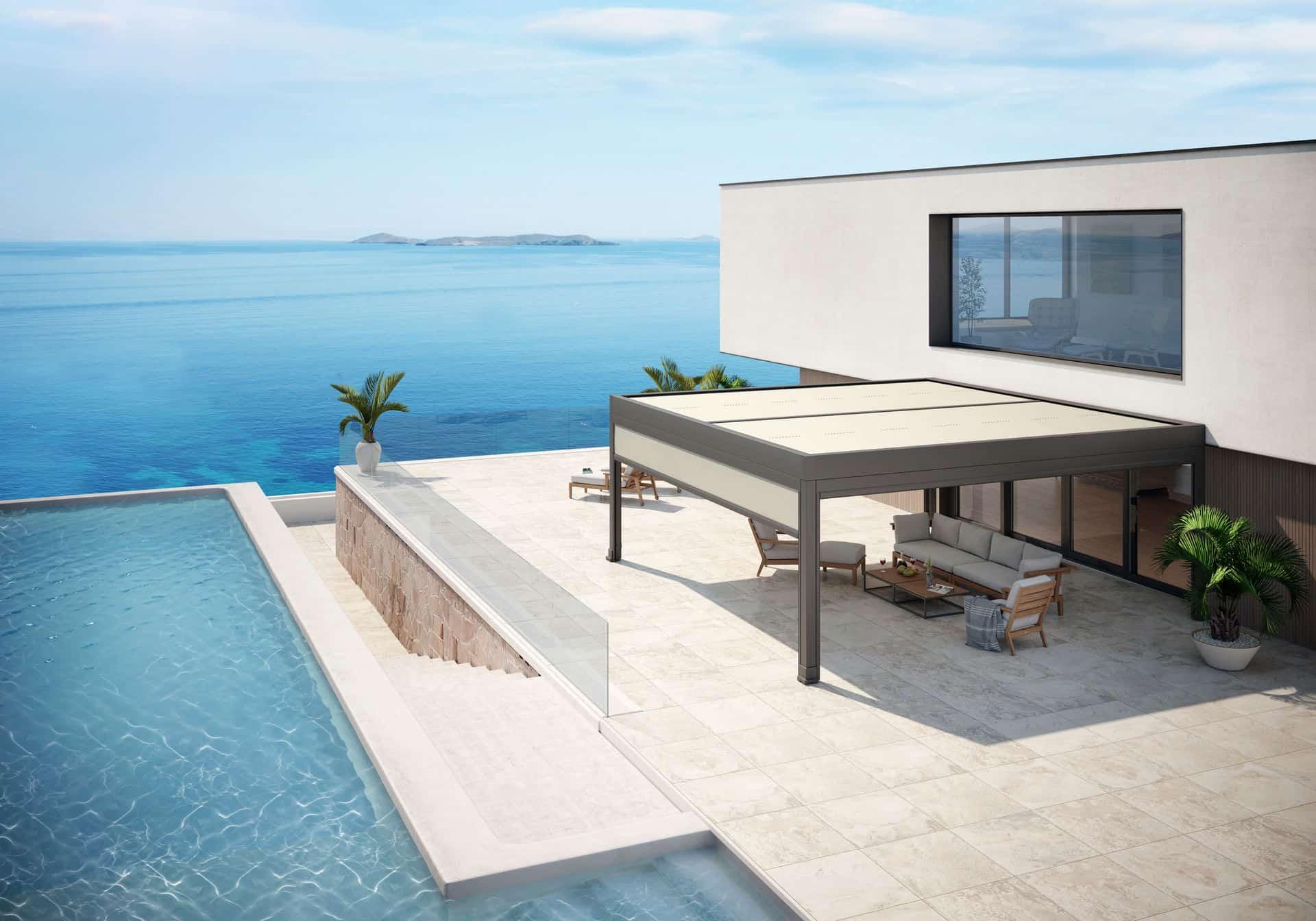 markilux Desingmarkise an einem Haus am Meer